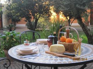 Romantica Location con giardino privato