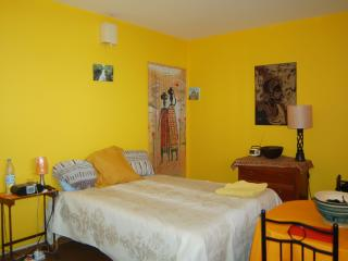Ker Erminia yellow room