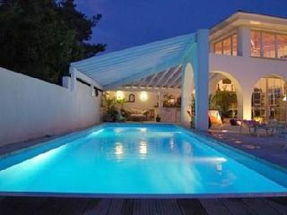 Maison d architecte proche océan de plein pied 10p, Bidart
