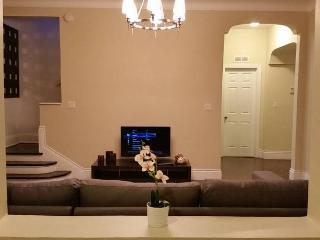 Design House, 5 Rooms, 8 Beds. Fantastic location, Miami