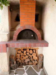 Dimitra Studios Traditional oven