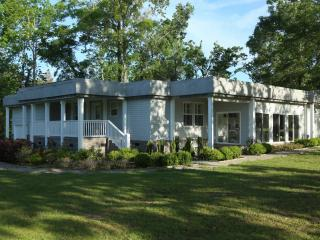 Golfers retreat ,Luxurious living, Driving Range, Pineville