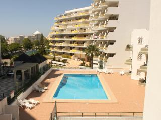 Algarve Holidays - T2 Apartment Central Vilamoura