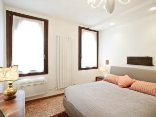 Ca del Fotografo 2 bedrooms 2 bathrooms Court Sid