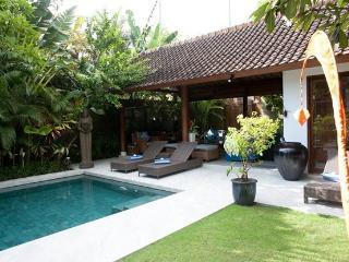 Luxury Villa with Balinese Style, Seminyak