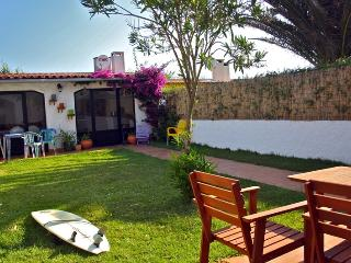 Peniche villa with garden and bbq area, Atouguia da Baleia