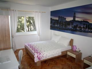 NEW!! 2 bathroom app near beach, Split