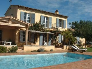 4 bedroom family villa with view of castle, Grimaud