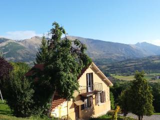 maison en pleine nature, La Roche-des-Arnauds