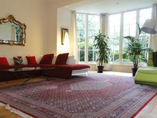 The Old Rectory Apartment, leafy area, near MK centre