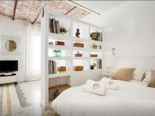 Attractive apartment in Sagrada Familia