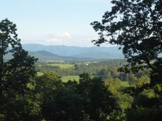 Amazing Views at Grand View, Luray
