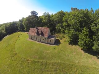 Maison au calme, isolée, jolie vue, Beynac-et-Cazenac