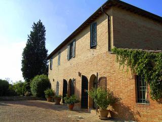 Villa Della Certosa, Taverne d'Arbia