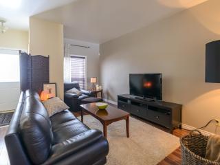 Niagara Urban Comfort - Midweek dates discounted, St. Catharines