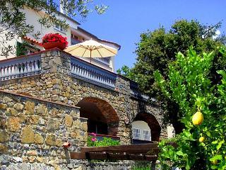 Villa Mediterraneo, Santa Marina