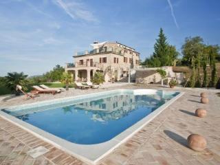 Villa Sibilla, Montefortino