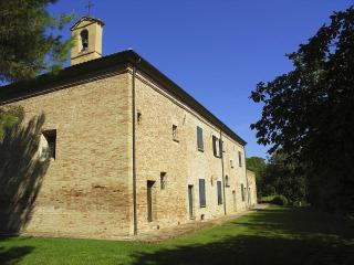 Villa Del Tombolo, Rupoli