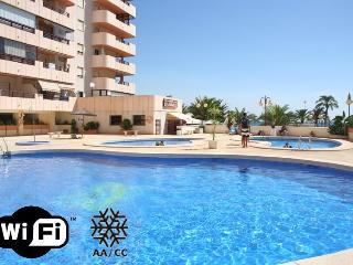 Beachfront penthouse with pool and sea views 312C, Calpe