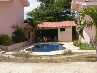 Large 1 bedroom 2 bath MountainView Condo near Coco and Ocotal Beaches