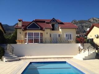 Holiday villa in North Cyprus with pool, 8 sleeps, Catalkoy