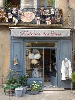 The teddybear shop