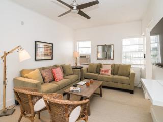 Altos del Mar - 4 Bedroom. Miami Beach