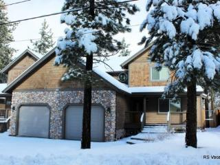 Brownie Retreat Combo: Nice 6 Bed/6 Bath Duplex, Big Bear Lake