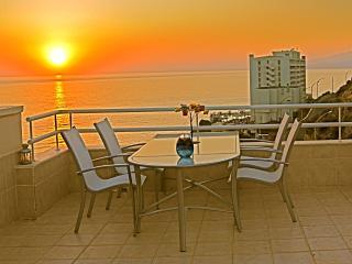 Luxurious Seafront Penthouse Duplex, Best Sea View, Kusadasi