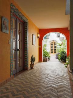 Entrance to La Sirena