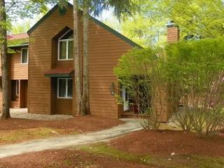 Deer Park Vacation Condo in the Heart of the White Mountains, Woodstock
