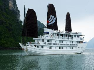 V'spirit Cruise Halong Bay, Tuan Chau Island