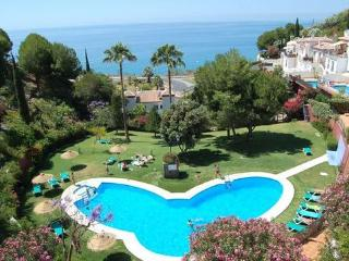 """Ladera del Mar"" complex 2 bed, Nerja"