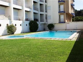Piso con piscina a 100 m de Playa, cerca de Oporto, Cortegaca