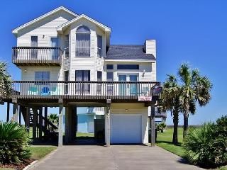 Sunshine Dreams is a beautiful 3 bedroom home for a perfect vacation, Galveston