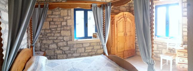 Main bedroom/master bedroom