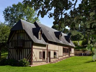 HOLIDAY NORMANDY COTTAGE 5 PERSONS REINETTE with Jaccuzzi