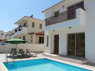 Polyxenia 3 bedroom villa, Protaras