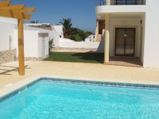 T2 Montinhos da Luz modern with pool - FREE WIFI, Lagos