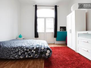 2nd floor studio in trending area, Etterbeek