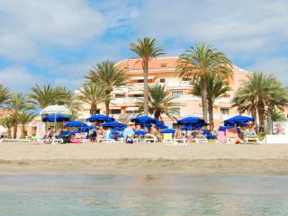 2 Bdr APT 1st Beachline Residence in Las Americas, Playa de las Americas