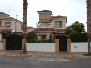 Detached 3br villa 2km from beaches, Guardamar del Segura