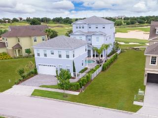 Million Dollar Luxury | 6,500 sq. ft of Luxury with Golf Course Views, Upgraded Dcor, 100-inch Projection Screen, Custom Pool Table, & Retro Games Room, Orlando