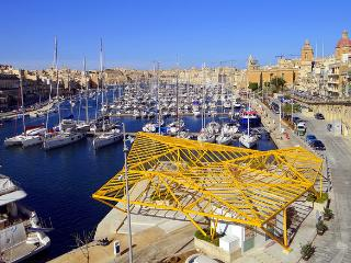 Three Cities Apartment in the heart of Vittoriosa, Island of Malta