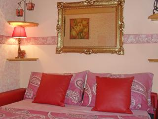 CASA BELLA your FLAT in Rome! WIFI,10 min downtown, Roma