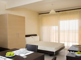 First floor studio apartment, Pyla