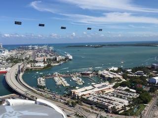 Breathtaking Unit Top Floor Unique Views of Miami.