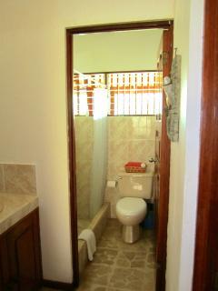 Bathroom / Baño