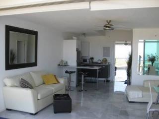 BEACH FRONT 2-FLOOR LOFT - ACQUA   - NUEVO, Nuevo Vallarta