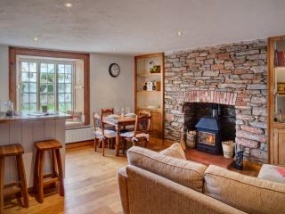 Churston Cottage near Brixham (sleeps 2 + cot)